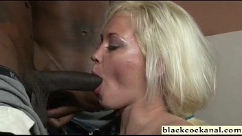 to suck forces husband cock wife black Amateur shemale crossdresser handjob