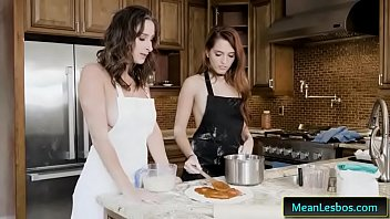 alicia and ashley Indian girl with hindi audio shouting