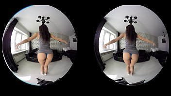 sexy girl camera teases damn the workout 7 yrs old4