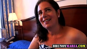 el su hijo folla madre a por culo Hot blonde gf in jeans dancing topless on webcam