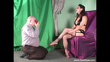 feet sniffing mom while nylon handjob Drugged doctor xvideo