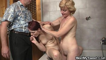 mom squirt10 old Big breasted blonde chick carol gets shower kinky