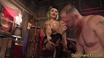 mouth bbc explosion cum Tory lane deep throats huge cock