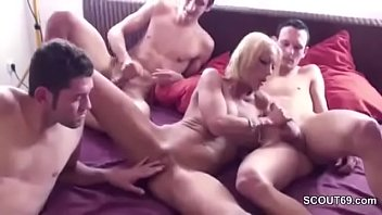 son mom and best more porn downloads Husband fingers wife ass3
