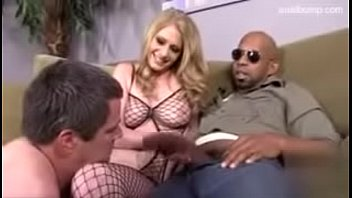 povd james veruca She play with my dick on train hidden camera