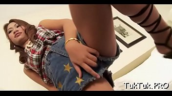 creampie thai jo Smelling mens stinky feet