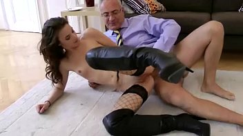 and blowjob granny kinky gives sloppy a r20 Open water 1