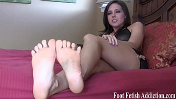 toes fliops flip Jake steed fucking vanessa blue and kitten dirty debutantes