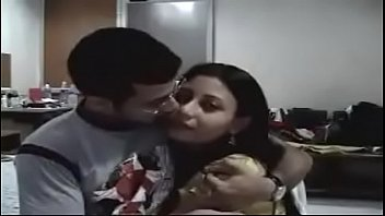 download mature free indian couple Esposos trio casero