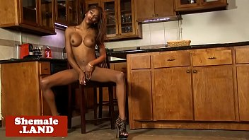 off lets on life real jerk her stomach Anal inicio culos cerrados casting
