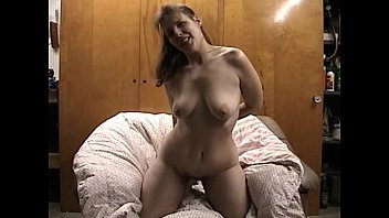 wife mature nude Japanese eyeglasses store