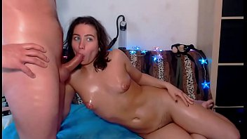 r20 granny a blowjob and kinky gives sloppy Blonde rides pipes
