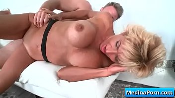 wife hot cuck mature Son watching mom threesome7