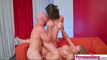 aniston nicole grup Cousin daughter threesome