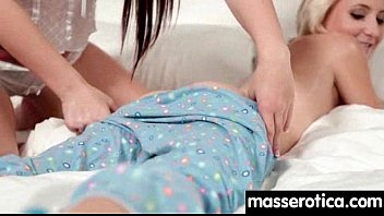 pussy and munching face sitting gorgeous two lesbians Angelina valentine lesbians10