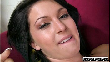 cock her cry make first wifes strange Son watching porn till mom came in